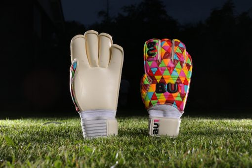 BU1 goalie goalkeeper gloves Triangle model