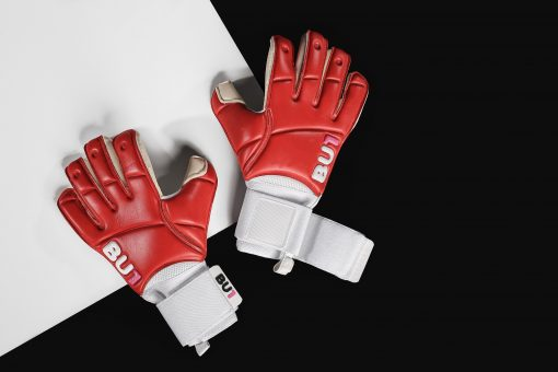 BU1 Red goalkeeper gloves